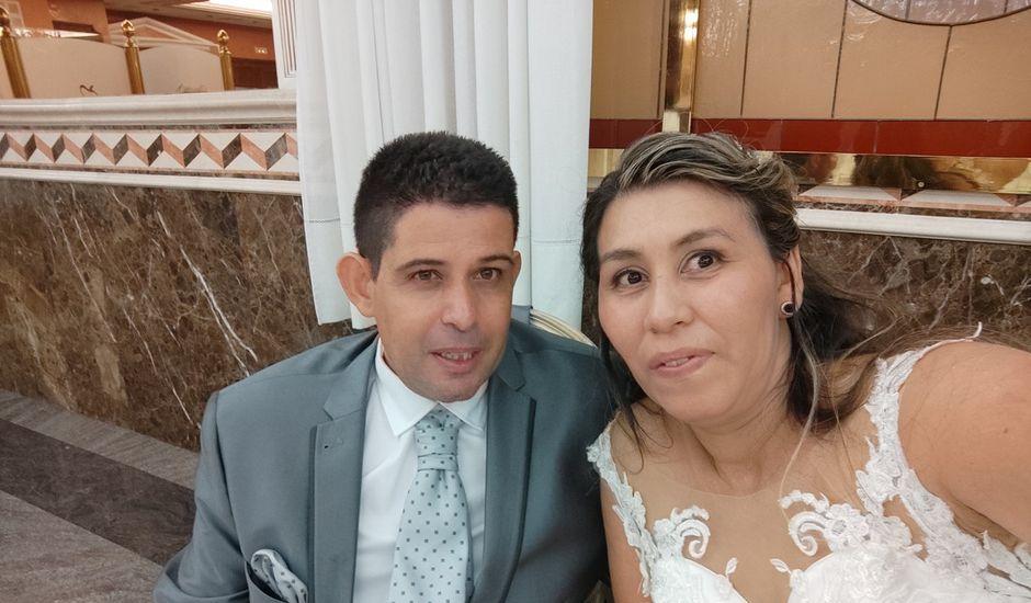 La boda de Jose Antonio y Karla Patricia en Valencia, Valencia