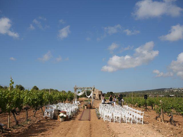 La boda de Toni y Gloria en El Vendrell, Tarragona 6