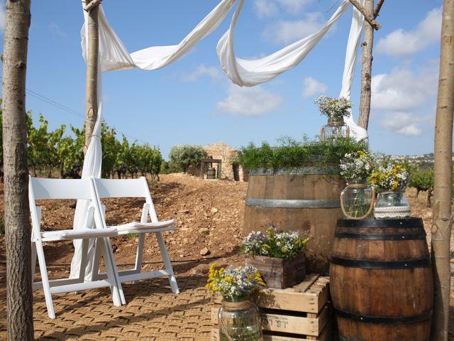 La boda de Toni y Gloria en El Vendrell, Tarragona 8