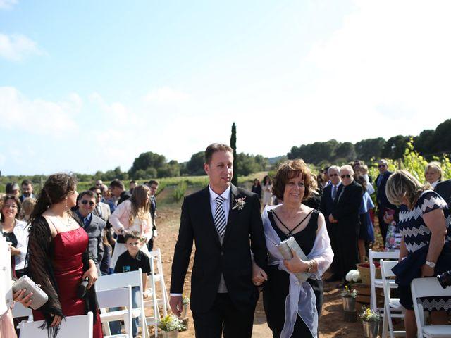 La boda de Toni y Gloria en El Vendrell, Tarragona 10