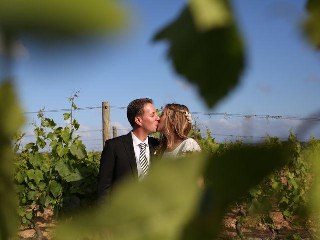 La boda de Toni y Gloria en El Vendrell, Tarragona 15