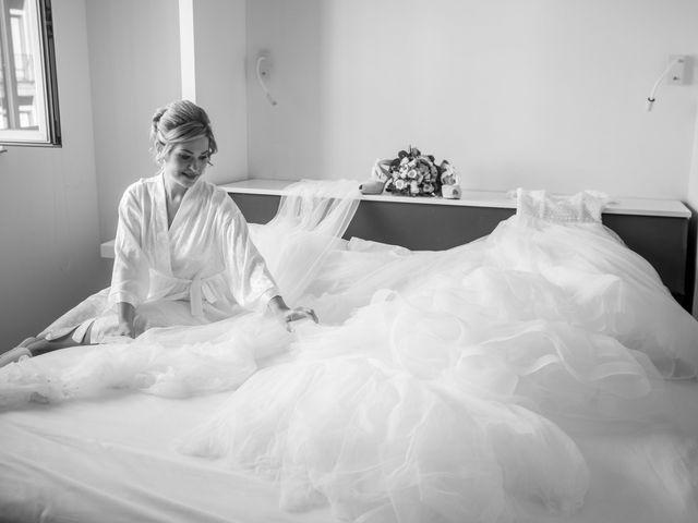 La boda de Beatriz y Jose Luis en San Sebastian De Los Reyes, Madrid 16