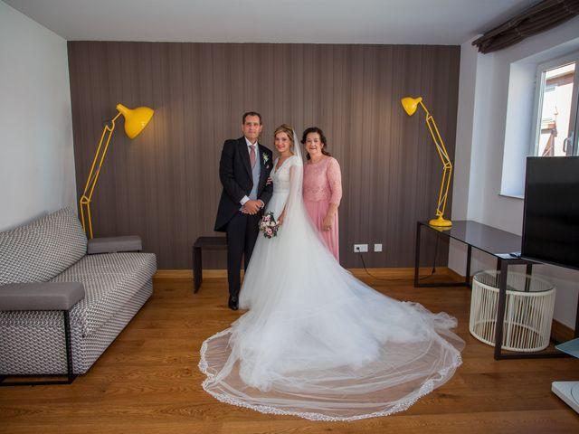 La boda de Beatriz y Jose Luis en San Sebastian De Los Reyes, Madrid 21