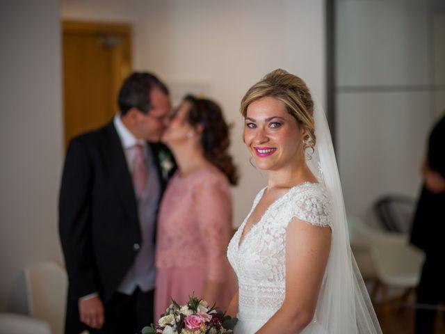 La boda de Beatriz y Jose Luis en San Sebastian De Los Reyes, Madrid 22