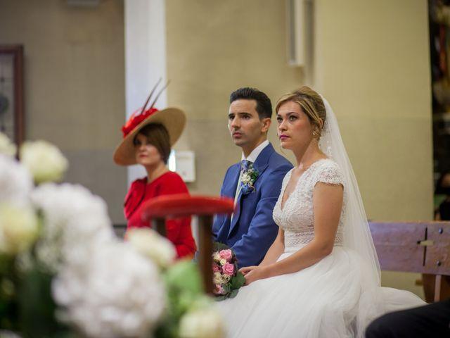 La boda de Beatriz y Jose Luis en San Sebastian De Los Reyes, Madrid 26