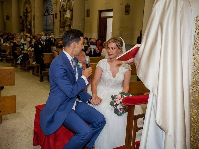 La boda de Beatriz y Jose Luis en San Sebastian De Los Reyes, Madrid 27