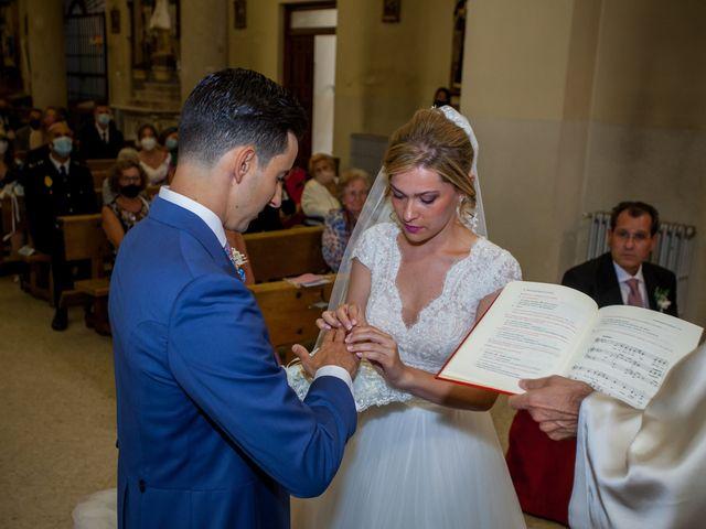 La boda de Beatriz y Jose Luis en San Sebastian De Los Reyes, Madrid 28