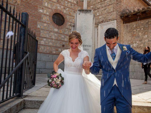 La boda de Beatriz y Jose Luis en San Sebastian De Los Reyes, Madrid 32