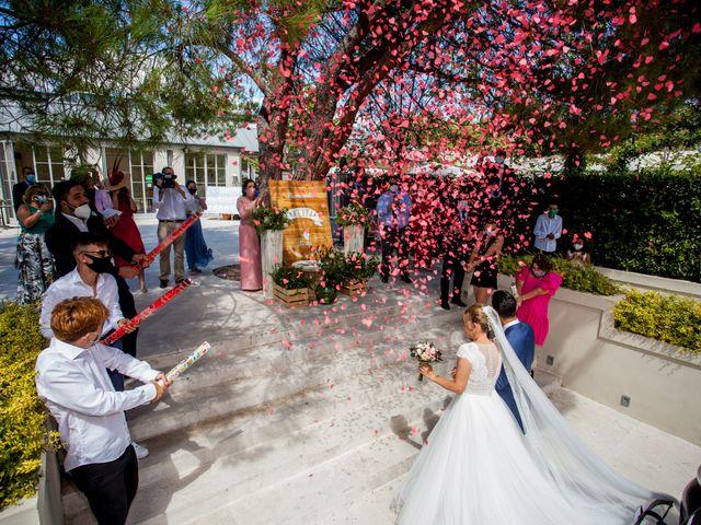 La boda de Beatriz y Jose Luis en San Sebastian De Los Reyes, Madrid 37