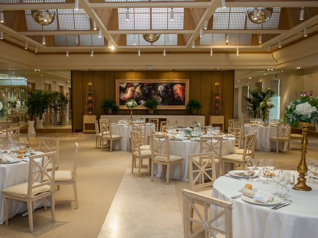 La boda de Beatriz y Jose Luis en San Sebastian De Los Reyes, Madrid 50