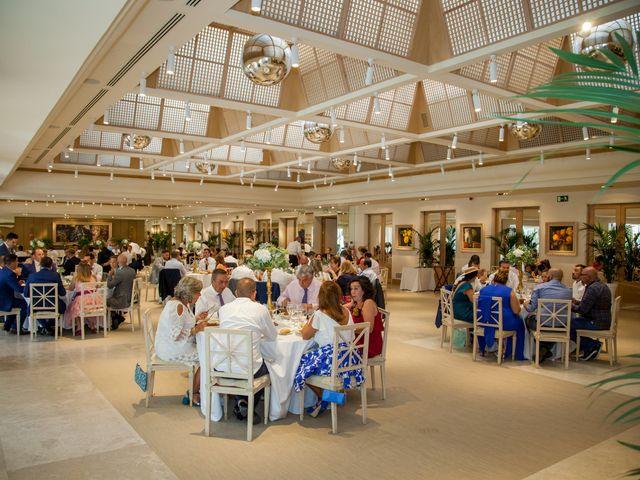 La boda de Beatriz y Jose Luis en San Sebastian De Los Reyes, Madrid 51