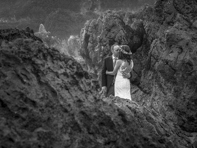 La boda de Miriam y Jorge en Llanes, Asturias 49