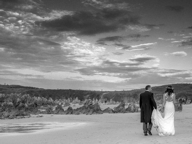 La boda de Miriam y Jorge en Llanes, Asturias 53