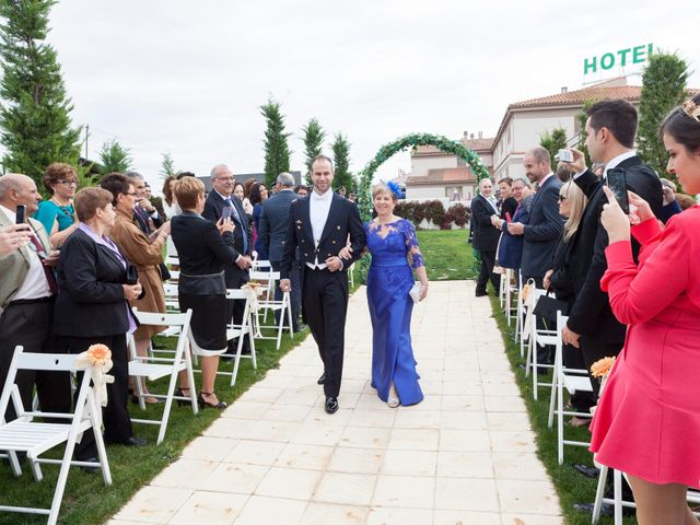 La boda de Jaime y Leire en Mozarbez, Salamanca 34