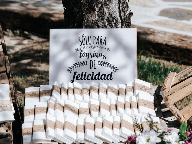 La boda de Raul y Lorena en Rascafria, Madrid 20