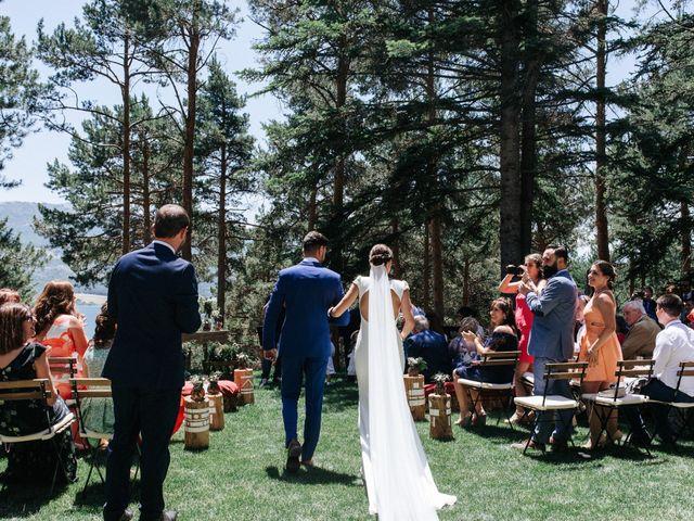 La boda de Raul y Lorena en Rascafria, Madrid 54