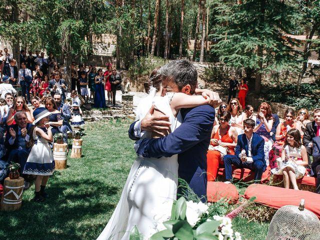 La boda de Raul y Lorena en Rascafria, Madrid 61