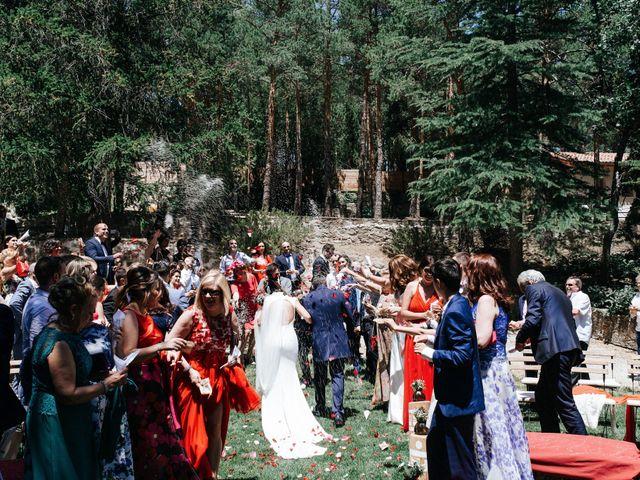 La boda de Raul y Lorena en Rascafria, Madrid 67