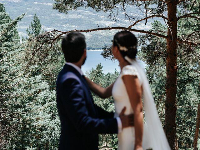 La boda de Raul y Lorena en Rascafria, Madrid 75
