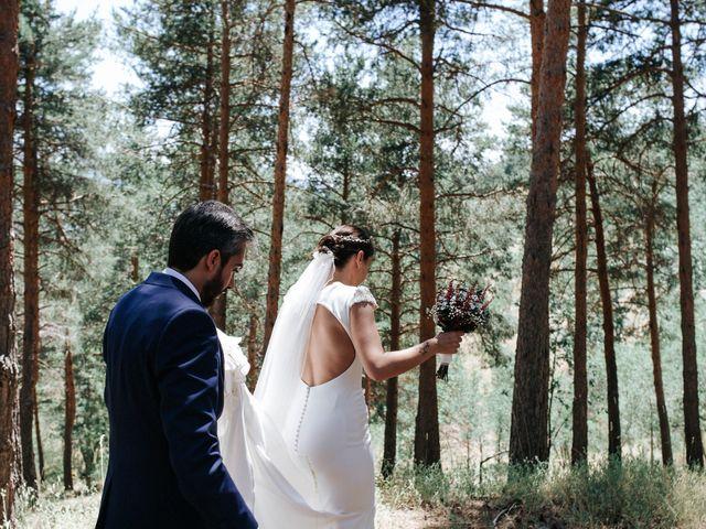 La boda de Raul y Lorena en Rascafria, Madrid 76