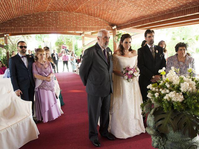 La boda de Paola y Miguel en Alcalá De Henares, Madrid 1
