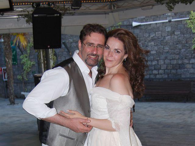 La boda de Paola y Miguel en Alcalá De Henares, Madrid 12