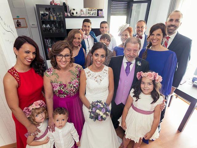 La boda de Raúl  y Alexandra  en Madrid, Madrid 11