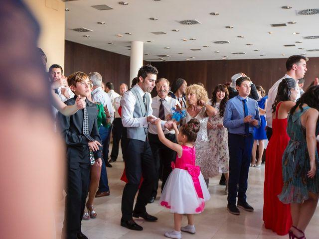La boda de Zuhaitz y Marah en Santurtzi, Vizcaya 22