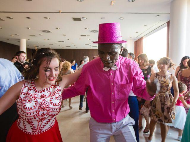 La boda de Zuhaitz y Marah en Santurtzi, Vizcaya 23