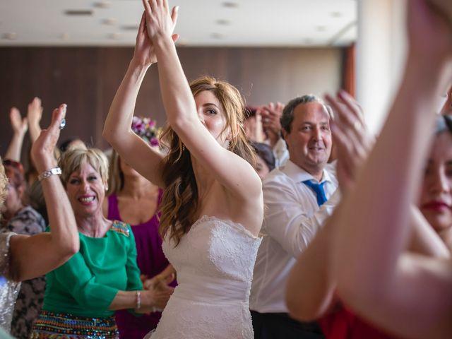 La boda de Zuhaitz y Marah en Santurtzi, Vizcaya 27