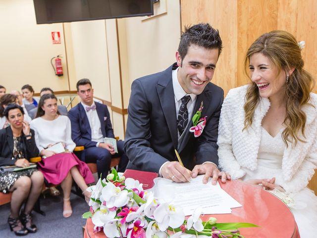 La boda de Zuhaitz y Marah en Santurtzi, Vizcaya 52