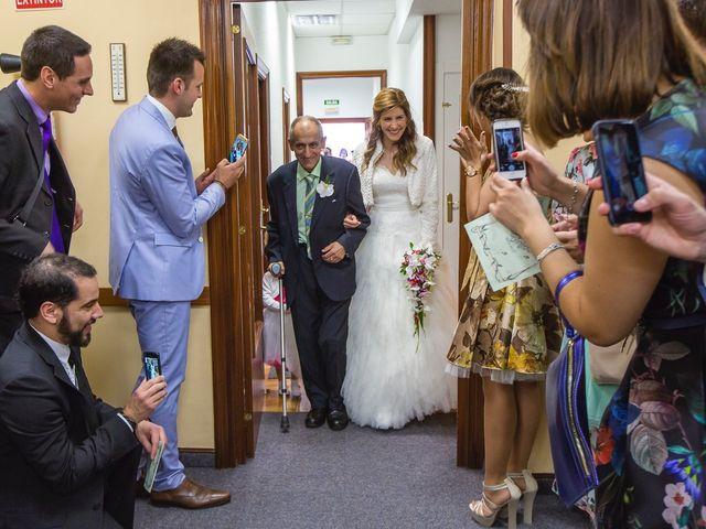 La boda de Zuhaitz y Marah en Santurtzi, Vizcaya 59