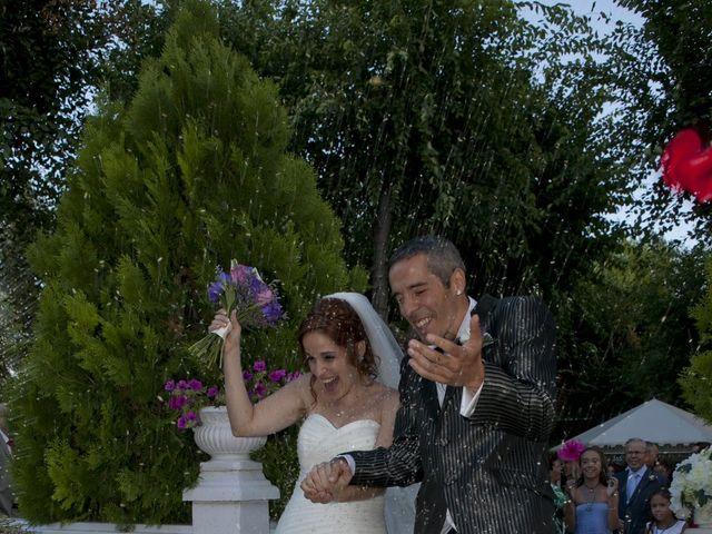 La boda de JuanPe y Noelia en Madrid, Madrid 16