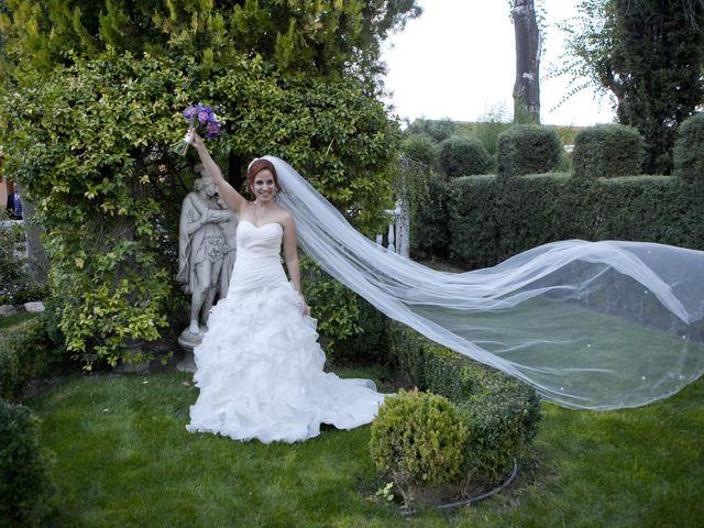 La boda de JuanPe y Noelia en Madrid, Madrid 22
