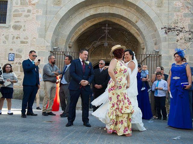 La boda de Ricardo y Jessy en Talavera De La Reina, Toledo 41