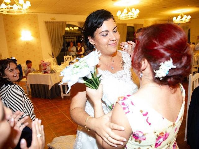 La boda de Ricardo y Jessy en Talavera De La Reina, Toledo 103
