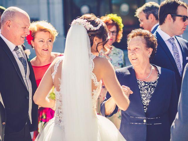 La boda de Javier y Esther en Alcorcón, Madrid 36