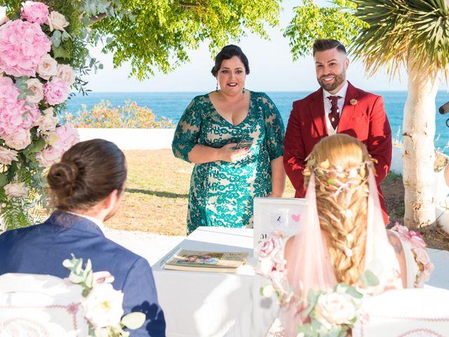 La boda de Roberto y Agueda en Benalmadena Costa, Málaga 10