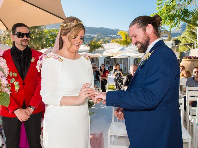 La boda de Roberto y Agueda en Benalmadena Costa, Málaga 11