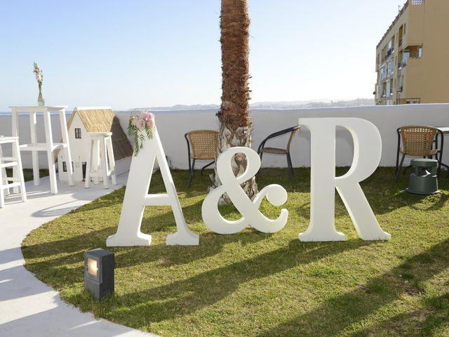 La boda de Roberto y Agueda en Benalmadena Costa, Málaga 16