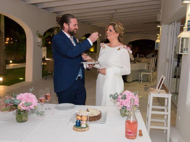 La boda de Roberto y Agueda en Benalmadena Costa, Málaga 24