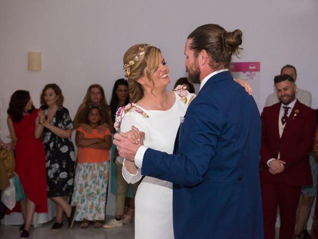 La boda de Roberto y Agueda en Benalmadena Costa, Málaga 27