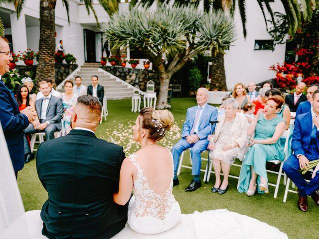 La boda de Héctor y Estela en La Victoria De Acentejo, Santa Cruz de Tenerife 31