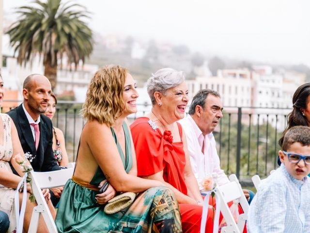 La boda de Héctor y Estela en La Victoria De Acentejo, Santa Cruz de Tenerife 34