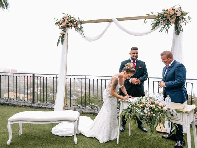 La boda de Héctor y Estela en La Victoria De Acentejo, Santa Cruz de Tenerife 48
