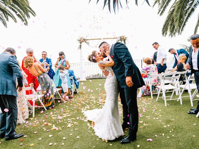 La boda de Héctor y Estela en La Victoria De Acentejo, Santa Cruz de Tenerife 51