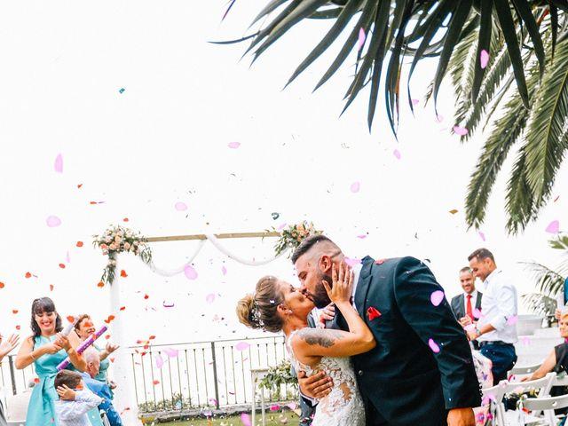 La boda de Héctor y Estela en La Victoria De Acentejo, Santa Cruz de Tenerife 52