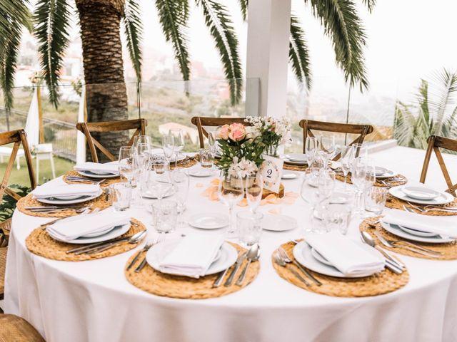 La boda de Héctor y Estela en La Victoria De Acentejo, Santa Cruz de Tenerife 60