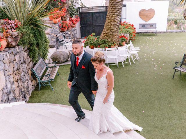La boda de Héctor y Estela en La Victoria De Acentejo, Santa Cruz de Tenerife 68