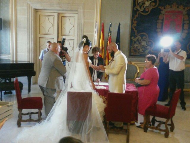 La boda de Pablo y Gemma en Alacant/alicante, Alicante 1